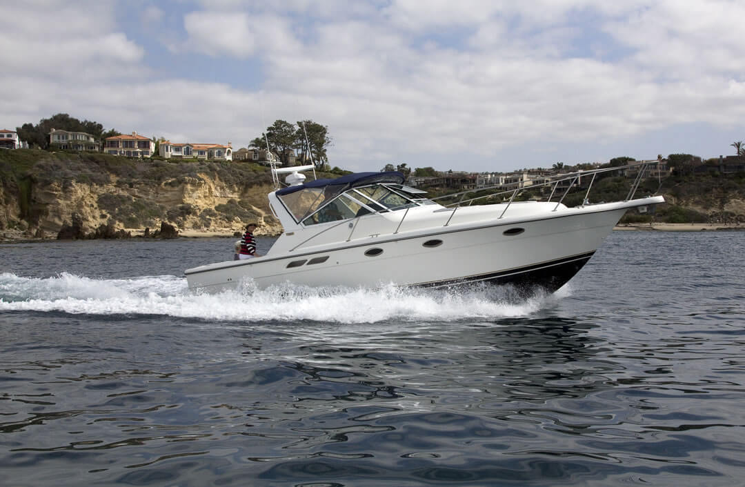 Tiara 3100 Pacific Yachting Club